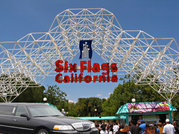 LA-city-tours-Six-Flags-Magic-Mountain
