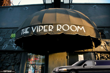 the-viper-room-in-los-angeles-2016-limousine-outing