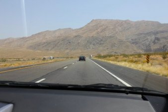 the-desert-road-to-vegas-can-be-long-and-boring